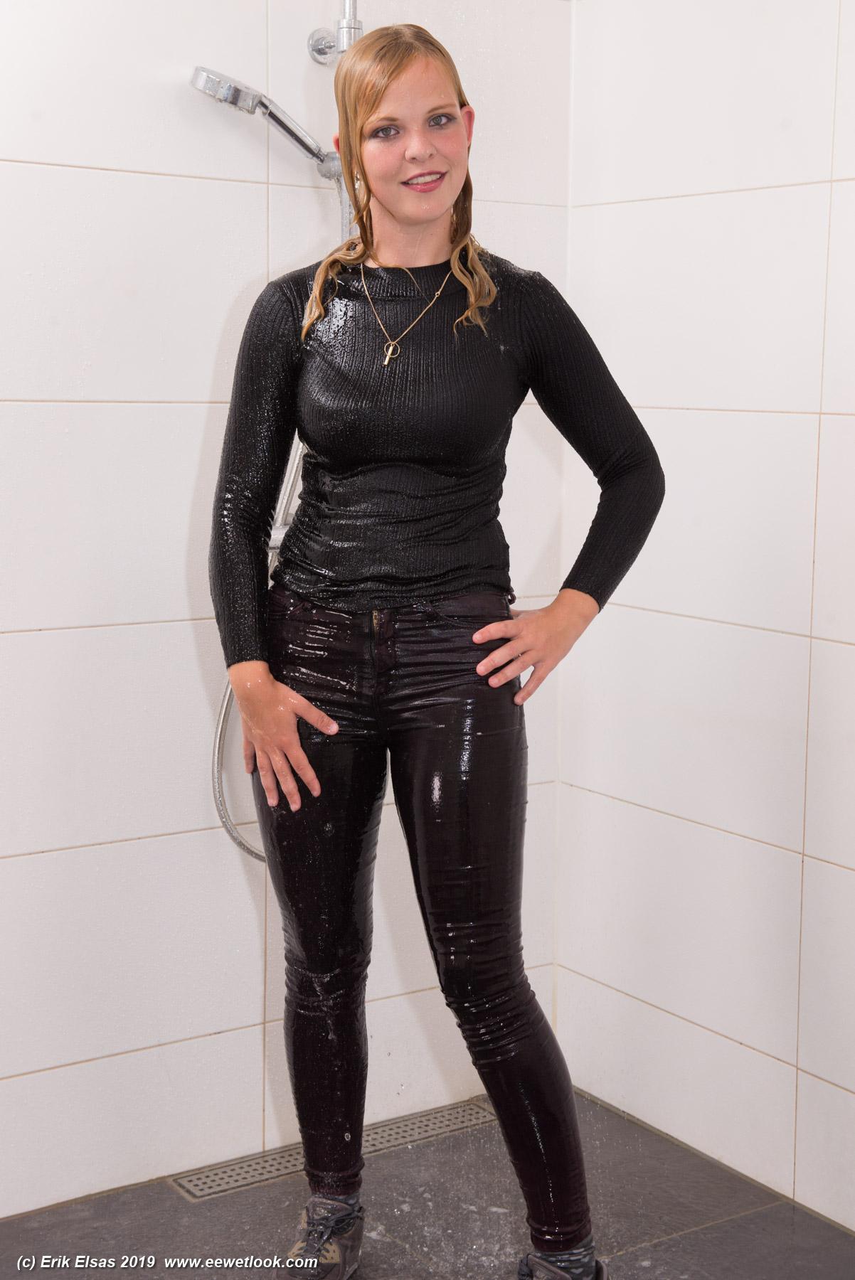 Ranrann Sexy Women's Pvc Leather Wet Look Open Crotch Butt Skinny Long Legging Trousers Hot Pants